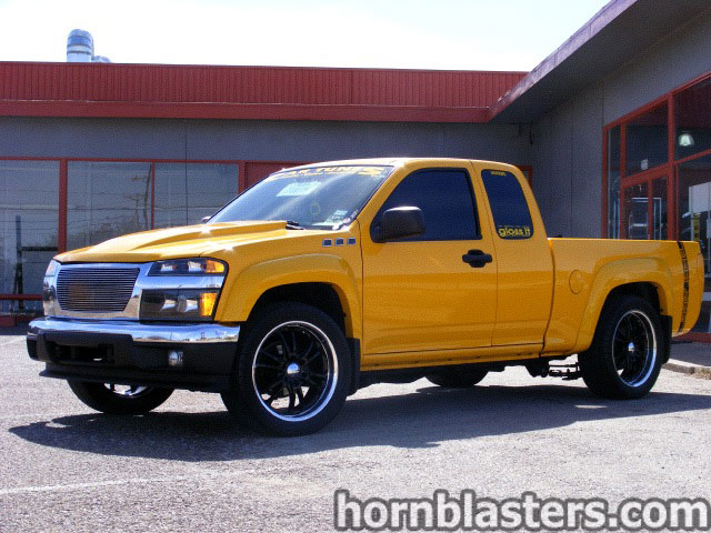 lil ace 39 s 2005 gmc canyon extended cab train horn install. Black Bedroom Furniture Sets. Home Design Ideas