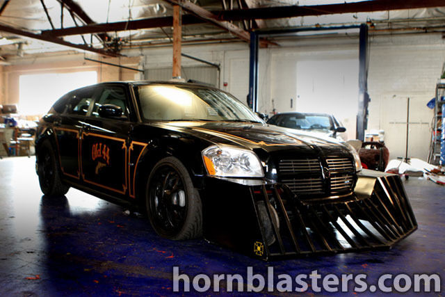 Monster Garage's  Dodge Magnum