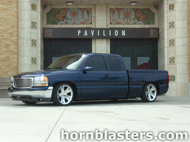 Pat's 1999 GMC Sierra 1500 Extended Cab